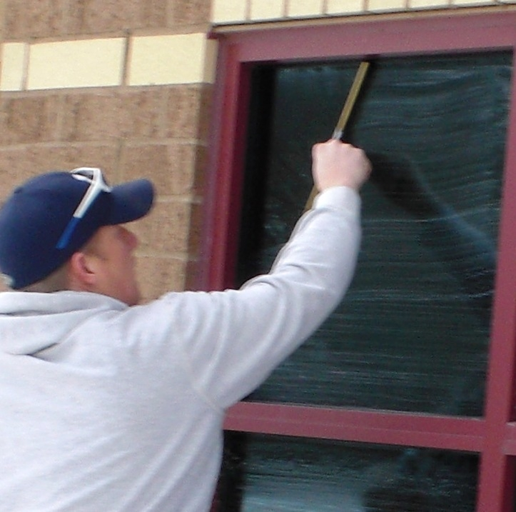 Window Cleaning in Burnsville, Minnesota